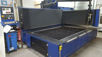 *SALE * 2200 Watt Laser with 1500 x 3000 mm table