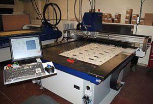 Digisetter boxplan / lasercomb - Máquina automática para colocación pinos de expulsión