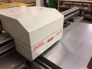 Fräsmaschine für Gegenzurichtungen aus Pertinax und Stahl