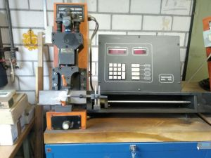 Lasercomb electro-hydraulik Bender for sharp angles