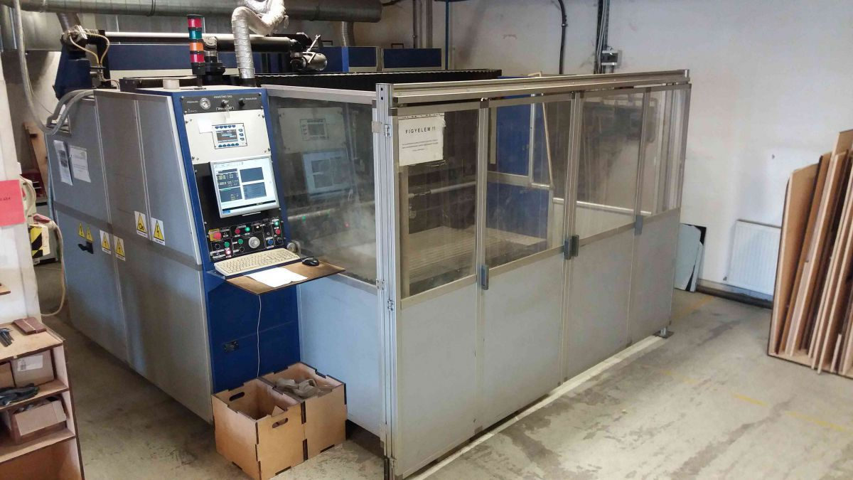 SOLD* CO2-laser Cutlite Penta | BoXpert, Pre owned machines