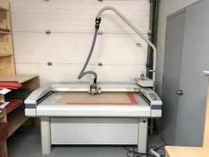 Zund M-800 rubber cutting plotter