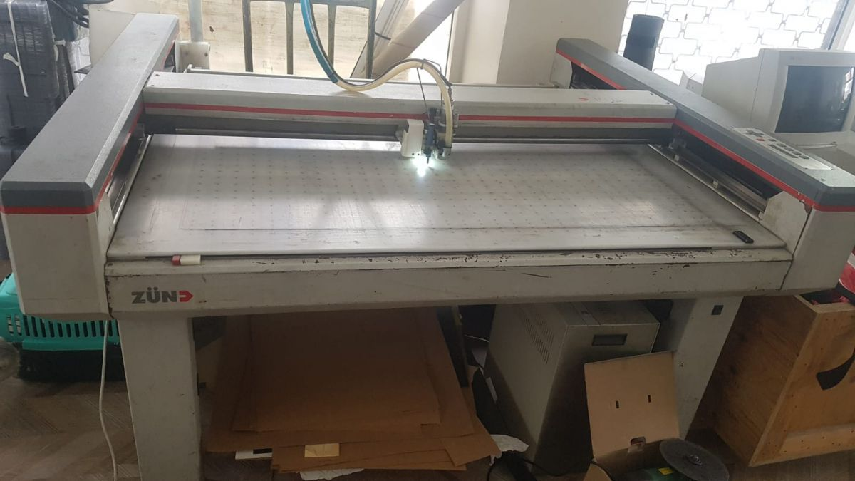 Zund P 1200 Cnc Ploter With Milling Tool Boxpert Pre
